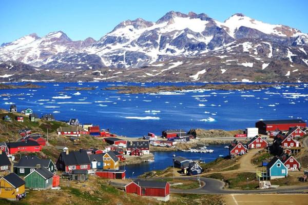 Марк Помпео, Гренландия, Дания