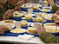 Чем и как кормят солдат в армиях разных стран мира